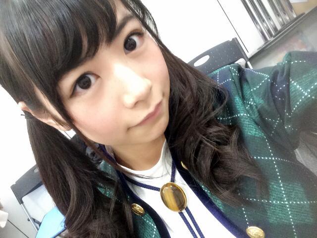 ブロンドヘアーの北野日奈子さん