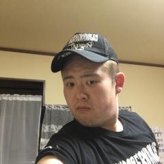 草薙トモヒロ